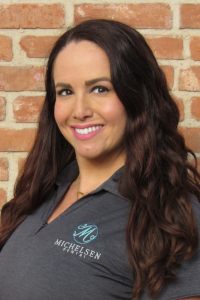 Orange CA dentistry team member Laurie
